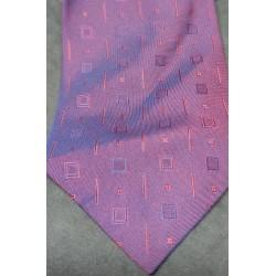 Gravata rosa quadrados